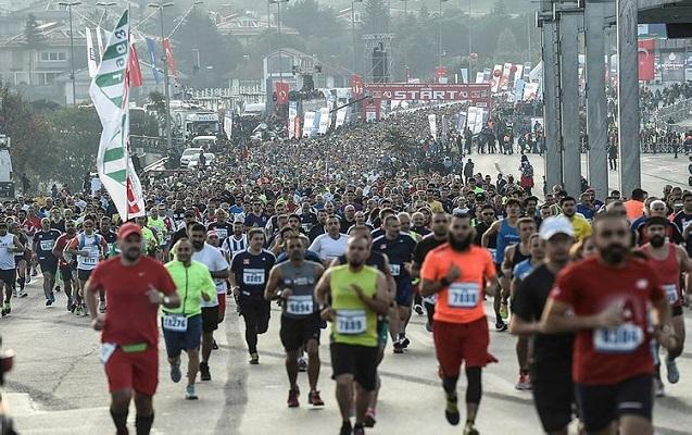 İstanbuldakı marafona keniyalı atletlər damğa vurdu
