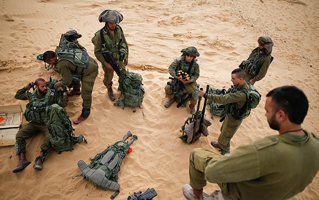 Qəzza yenə qarışdı, İsrail hərbçisi öldü
