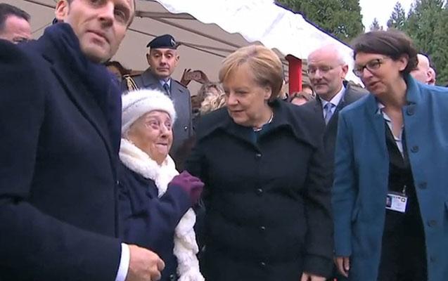 101 yaşlı qadın Merkeli Makronun arvadı ilə səhv saldı