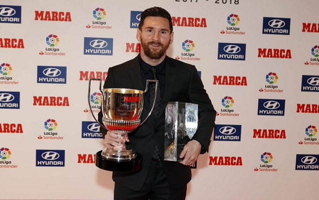 Messi bir gündə iki mükafat aldı