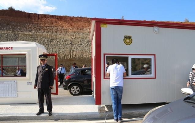 Şimali və Cənubi Kipr arasında sərhəd qapıları açıldı