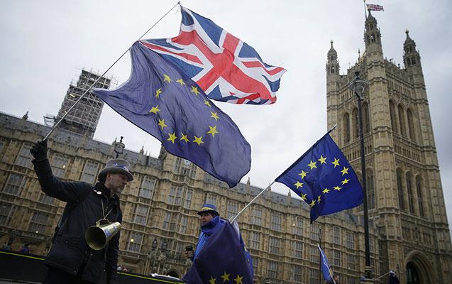"""Britaniya hökuməti bu gün """"Brexit"""" üçün toplanacaq"""