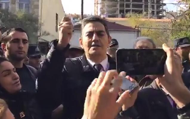 Əli Kərimli sərbəst buraxıldı - 2500 manat cərimələndi