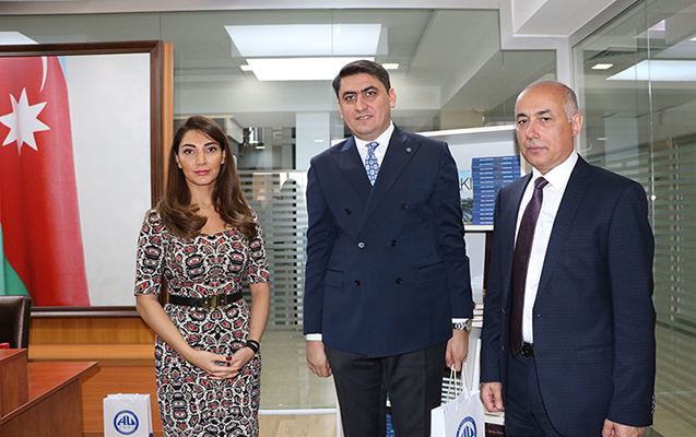 """Azərbaycan Universitetində """"İrs"""" jurnalının təqdimatı keçirilib"""