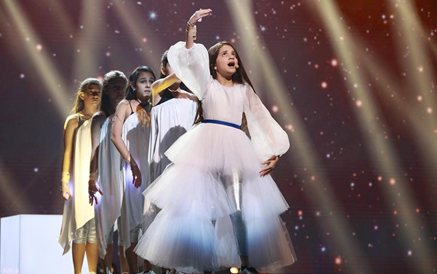 """İlk dəfə """"Eurovision"""" səhnəsinə çıxdı"""