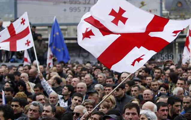 Gürcüstanda müxalifət aksiya keçirir