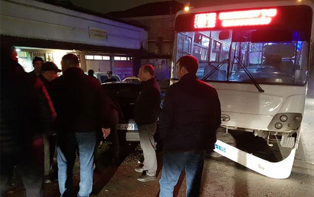 Bakıda daha bir avtobus qəza törətdi
