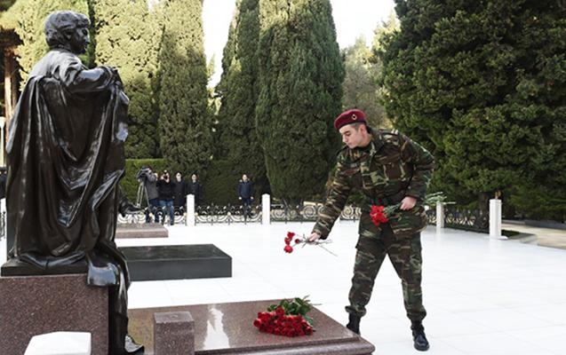 Heydər Əliyev Fəxri Xiyabanda