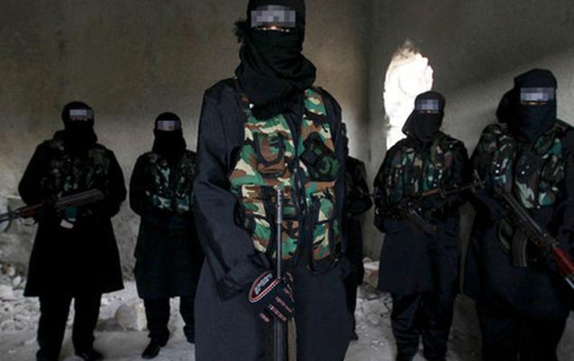 İŞİD Suriyada iki aya 700 əsiri edam edib