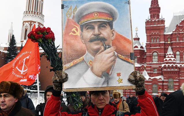 Stalinin telefon kitabçası 3 milyona satıldı