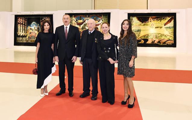 Prezident xanımı və qızı ilə Tahir Salahovun sərgisində