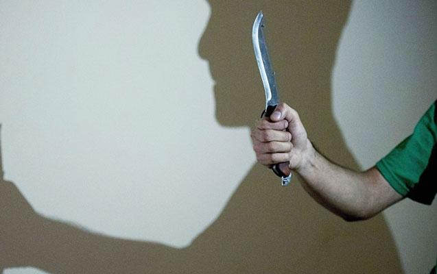 Ağstafada kürəkən qayınatanı bıçaqladı