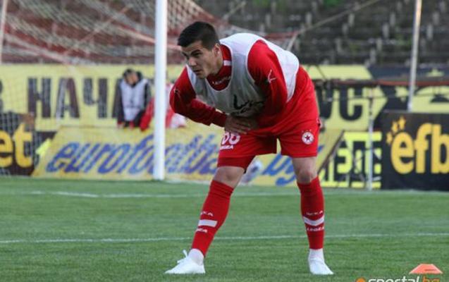 ÇSKA nın sabiq futbolçusu Azərbaycan klubundan imtina etdi