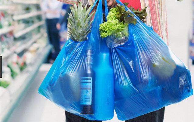 Marketlərdə sellofan torbalar pulla satılır?