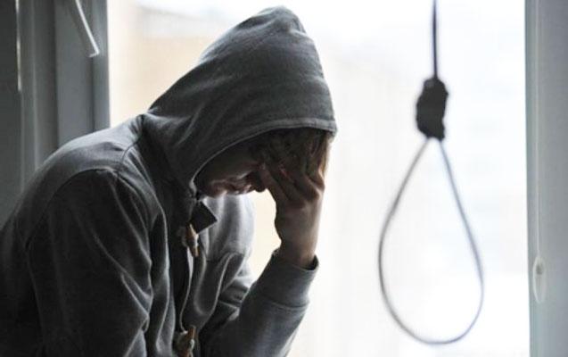 25 və 27 yaşlı gənclər intihar etdi