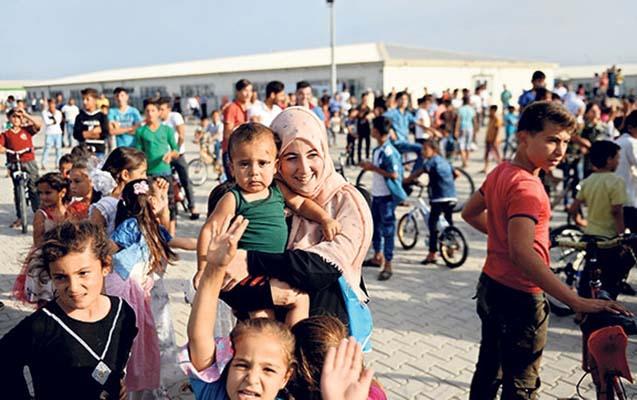 Türkiyə 79 min suriyalıya vətəndaşlıq verib