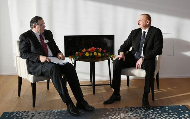 İlham Əliyev Davosda bir sıra görüşlər keçirib