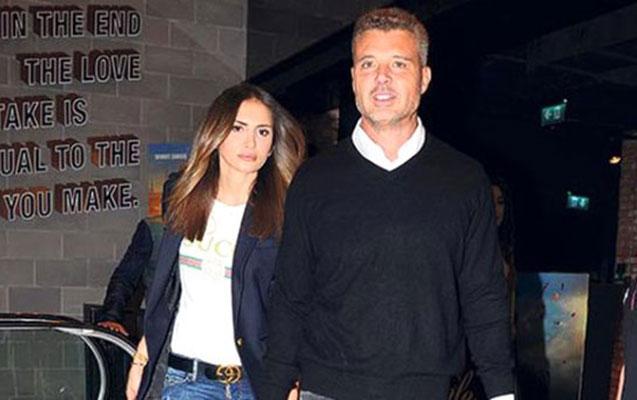 Mustafadan boşanan Emina iş adamından hamilədir
