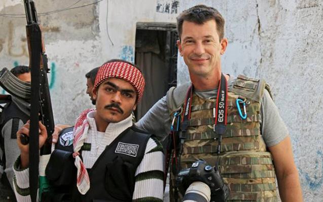 İŞİD-in 2012-ci ildə qaçırdığı britaniyalı jurnalist sağdır