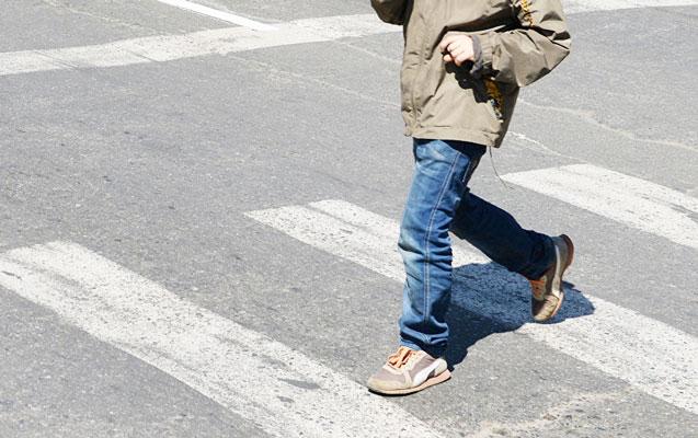 Gəncədə ata ilə 5 yaşlı oğlunu maşın vurdu
