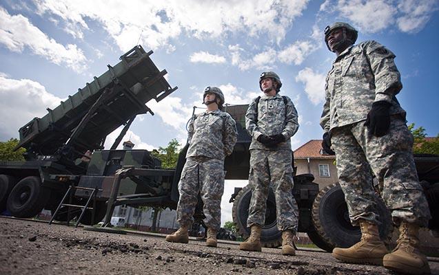Polşa ABŞ-dan 414 milyon dollara raket qurğuları alır