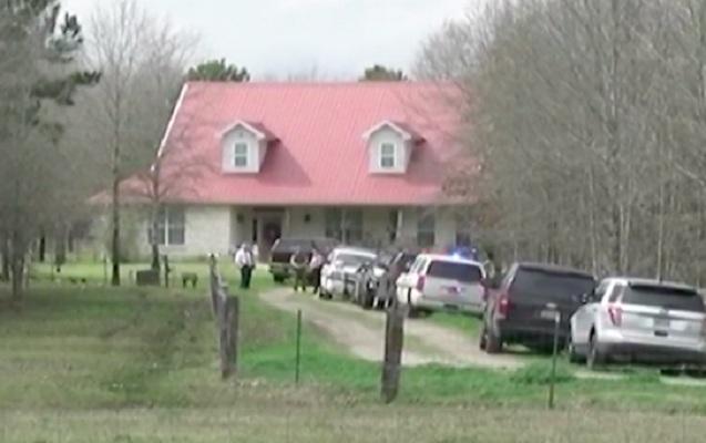 Texasda bir evdə 5 nəfər öldürüldü