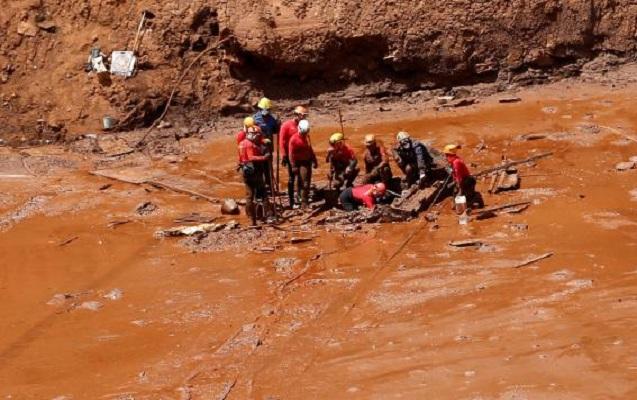 Braziliyada palçıq altından daha 8 cəsəd tapıldı