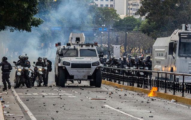 Venesuelada hərbçilər oğurlanaraq öldürüldü