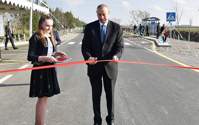 Prezident yolun açılışını etdi - Yenilənib