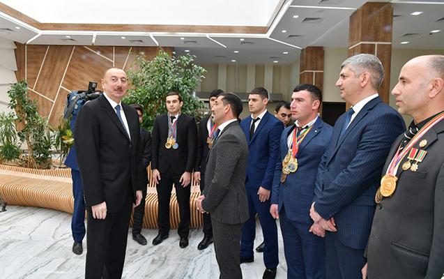 """""""Hələlik iş tapa bilməyən vətəndaşlar üçün..."""" - Əliyev"""