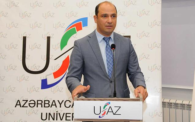 UFAZ-ın direktoruna dosent diplomu təqdim olunub