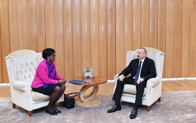 Prezident Dünya Bankının regional direktoru ilə görüşdü