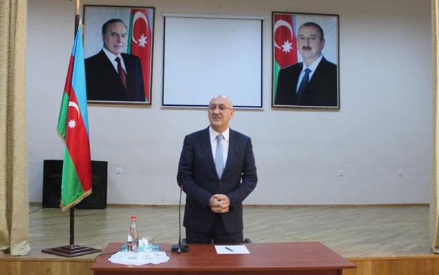 Arif Qasımov sakinlərlə növbəti görüş keçirib