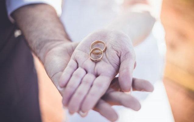 Azərbaycanlının 42 yaşlı rus qadınla evlənməsi gündəm oldu - Prokurorluq boşatdırdı