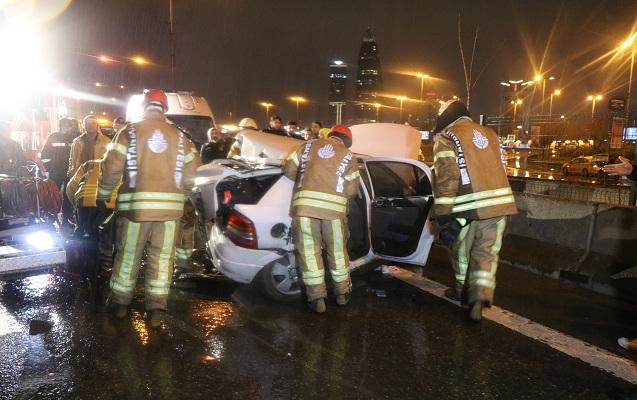 İstanbulda 11 avtomobil bir-birinə girdi