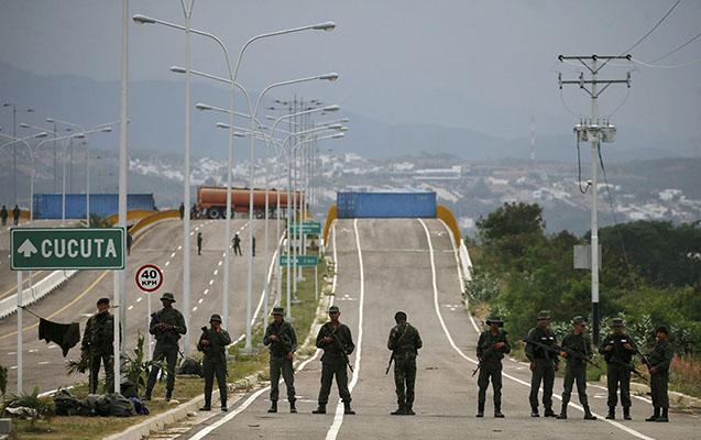 Venesuela bu ölkə ilə sərhədə qoşun yerləşdirdi