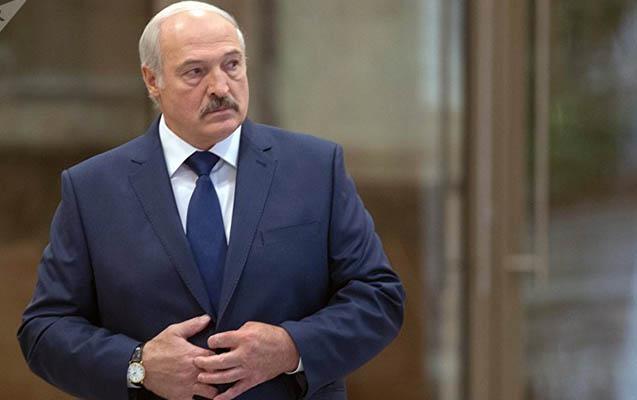 Lukaşenko koronavirusa görə sərhədləri bağlamaqdan imtina etdi