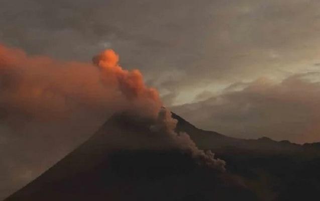 İndoneziyanın ən aktiv vulkanı yenidən püskürdü