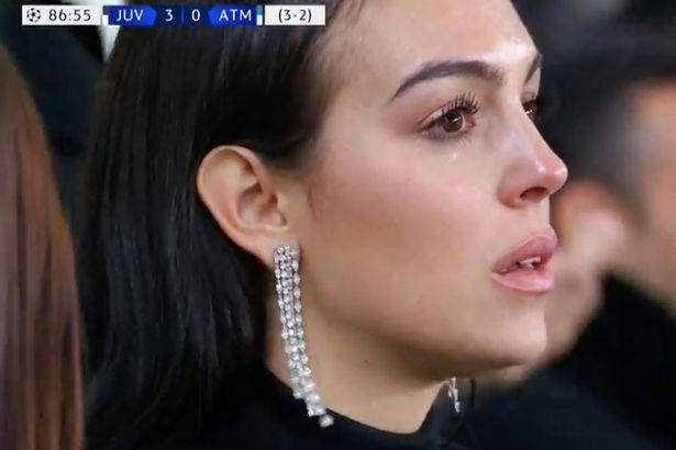 Ronaldo xanımını ağlatdı