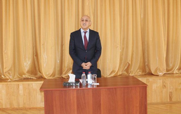 Arif Qasımov sakinlərlə görüşdü