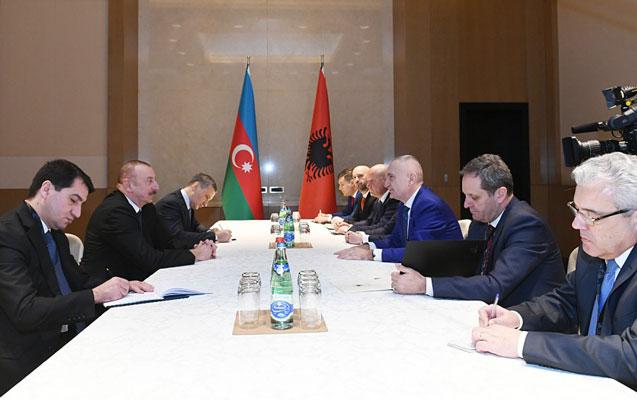 Əliyev Albaniya prezidenti ilə görüşdü
