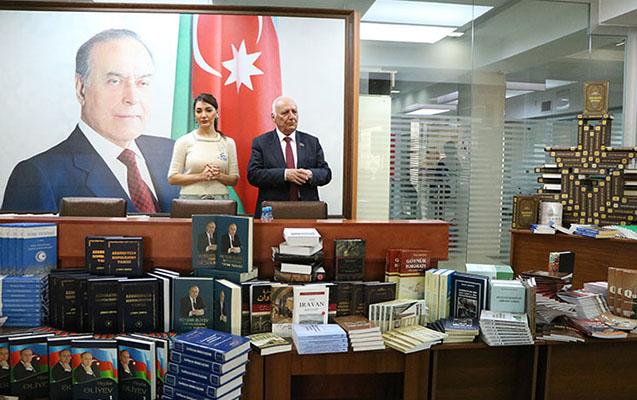 Yaqub Mahmudov Azərbaycan Universitetində ustad dərsi keçib