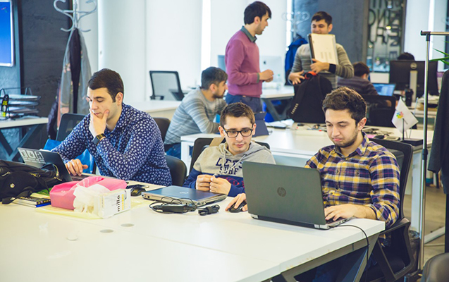 Azərbaycanın ilk blokçeyn hackathon yarışması keçirilib