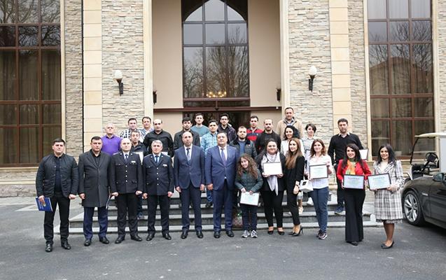 Gömrük Komitəsi jurnalistləri mükafatlandırıb