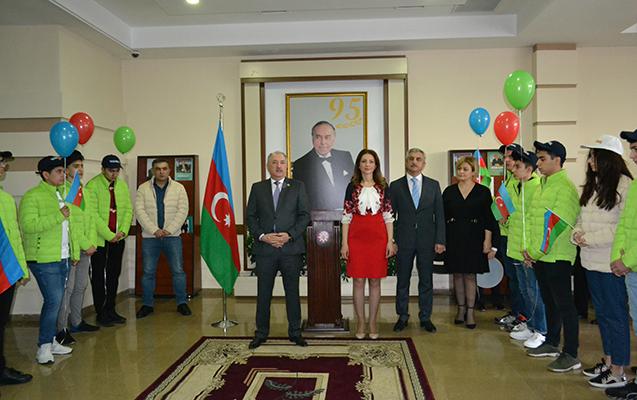Yasamal rayon məktəbliləri Naxçıvana səyahət edib