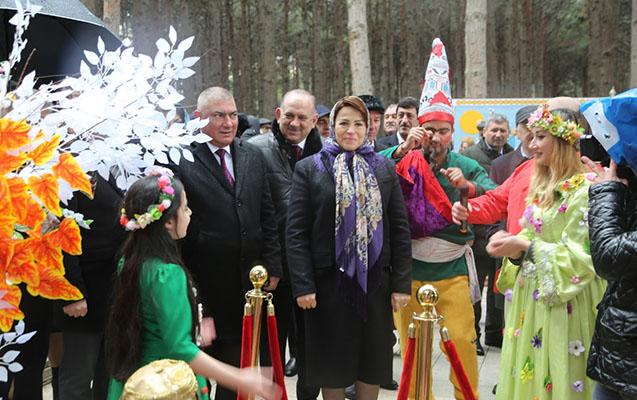 Abşeronda Novruz izdihamı