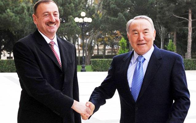 Əliyev Nazarbayevə və yeni prezidentə zəng etdi