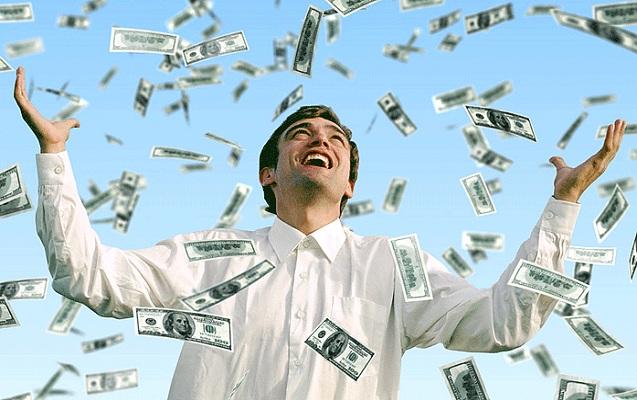 3 lotoreya bileti aldı, ikisi 16 milyon dollar qazandı