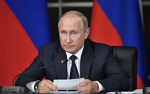 Putin yüksək rütbəli prokurorları istefaya göndərdi