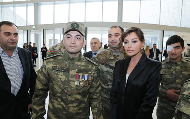 """""""Qarabağın hər kəndində bayrağımız dalğalanacaq"""" - Mehriban Əliyeva"""